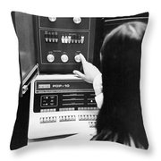 Al-10 Computer System Throw Pillow