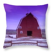 An Old Barn In The Wenas Throw Pillow