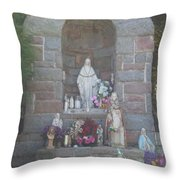 Apparition Of Virgin Mary Throw Pillow