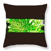 Arbres Verts Throw Pillow