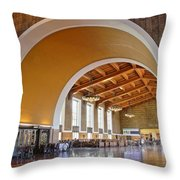 Arch At La Union Station Throw Pillow