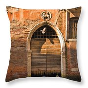 Archway With Bird In Venice Throw Pillow