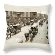 Army Day 1915 Throw Pillow