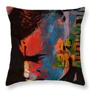 Arturo Vidal Throw Pillow