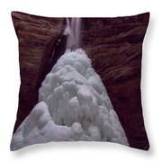 Ash Cave In Hocking Hills Throw Pillow by Dan Sproul