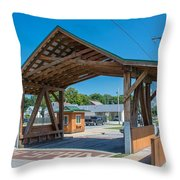 Ashtabula Collection - West Liberty Covered Bridge 7k02064 Throw Pillow