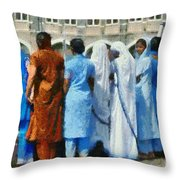 At The Gateway Of India Throw Pillow