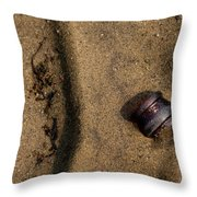 Atres 4 Throw Pillow