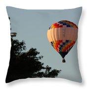 Balloon-7105 Throw Pillow