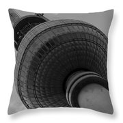 Berliner Fernsehturm Throw Pillow