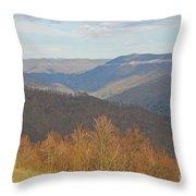 Black Mountain - Kentucky Throw Pillow