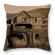 Bodie   #72986 Throw Pillow