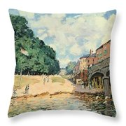 Bridge At Hampton Court Throw Pillow