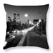 Brooklyn Bridge And Manhattan Skyline At Dusk 1980s Throw Pillow