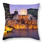 Buckingham Fountain, Chicago, Illinois Throw Pillow