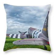 C-47-w7 7d06 Throw Pillow