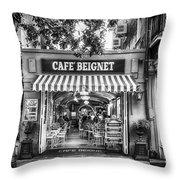 Cafe Beignet Morning Nola - Bw Throw Pillow
