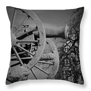 Cannon Fire Of Washington Throw Pillow