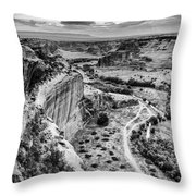 Canyon De Chelly Navajo Nation Chinle Arizona Black And White Throw Pillow