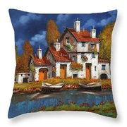 Case Bianche Sul Fiume Throw Pillow