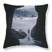 Mp-335-cave In Battle Rock Port Orford Throw Pillow