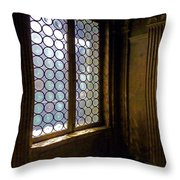 Cercle Throw Pillow