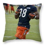 Chicago Bears Rb Shaun Draughn Training Camp 2014 01 Throw Pillow