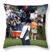 Chicago Bears Wr Armanti Edwards Training Camp 2014 02 Throw Pillow