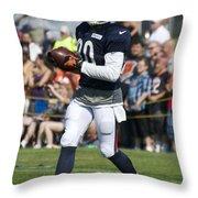 Chicago Bears Wr Armanti Edwards Training Camp 2014 07 Throw Pillow