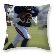 Chicago Bears Wr Chris Williams Moving The Ball Training Camp 2014 Throw Pillow