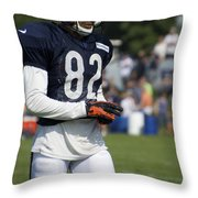 Chicago Bears Wr Chris Williams Training Camp 2014 05 Throw Pillow