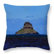 Chinaman's Hat Island-kane'ohe Bay Oahu Hawaii Throw Pillow