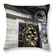 Chownings Tavern Wreath Throw Pillow