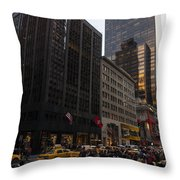 Christmas Shopping On The World Famous Fifth Avenue Throw Pillow