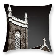 Church In Tacoma Washington 5 Throw Pillow