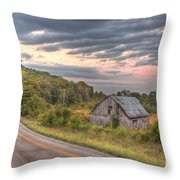 Classic Missouri Barn Throw Pillow