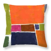 Compromisso Throw Pillow