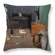 Confederate Lodging Throw Pillow