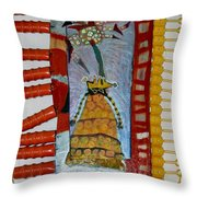Cranberry Queen Of Portland - Framed Throw Pillow