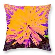Crisantemo Dorado Throw Pillow