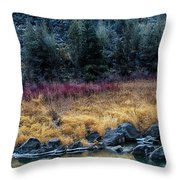 Crooked River At Smith Rock Throw Pillow
