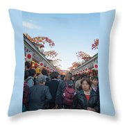 Crowds Shopping Throw Pillow
