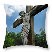 Crucifix Statue St James Cemetery Sewickley Heights Pennsylvania Throw Pillow