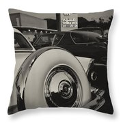 Cruising Bob's Big Boy Throw Pillow
