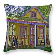 Cup Cake In Asbury Grove In South Hamilton-massachusetts  Throw Pillow