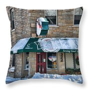 Dales Bar And Grill Throw Pillow