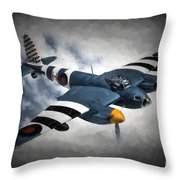 de Havilland Mosquito PR.Mk XVI Throw Pillow