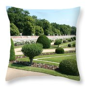 Diane De Poitiers' Gardens Throw Pillow