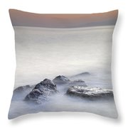 dreaming between the islands I Throw Pillow