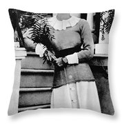 Duchess Of Windsor (1896-1986) Throw Pillow